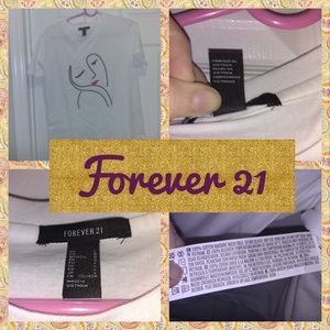 Brand new with out tags Forever 21 graphic tee